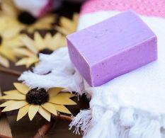Set 2 sapunuri naturale pentru dus Lavender Concise