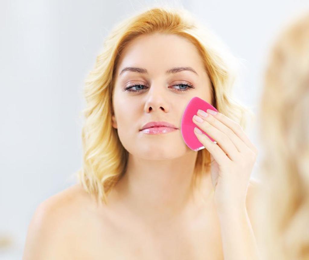 Pripomoček za čiščenje obraza Tarm