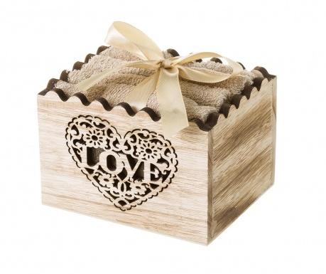 Комплект 4 кърпи за баня и кутия Love