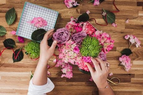 Dino Bianchi virágzó sarok