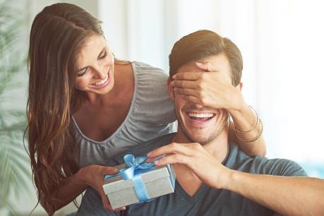 Cadouri pentru el si ea