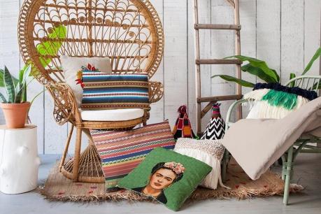 Madre Selva και Frida Kahlo ατμόσφαιρα